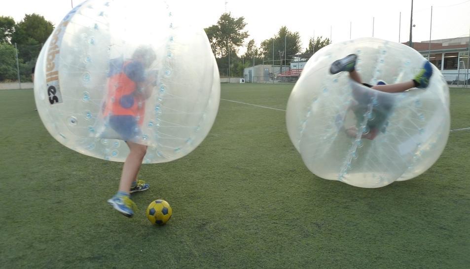 El Booble Football és una de les activitats que es realitzaran al Casal.