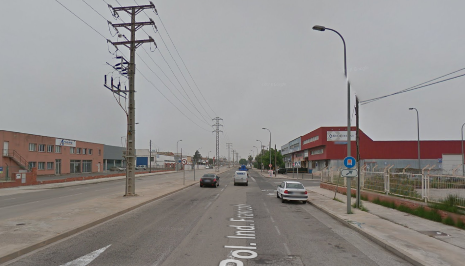 El robatori es va produir a l'interior d'un vehicle estacional al Polígon Industrial Francolí.
