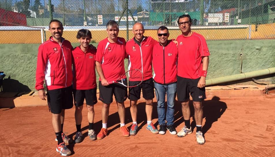 L'equip està format per Nacho Escudero, Alberto Cebrian, Carlos Cardona, Miquel Ramos, David González, David Valeriano i Marc Mas.