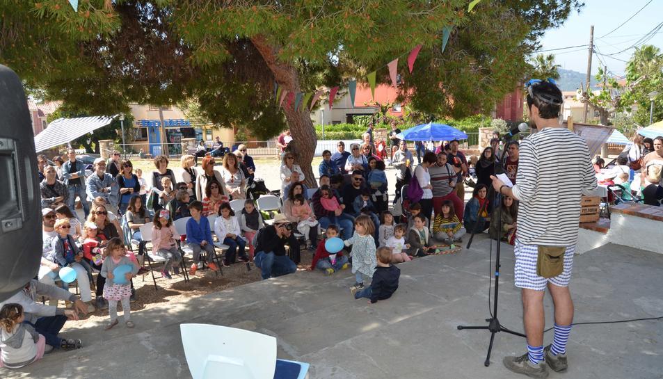 La presentació es va fer davant la biblioteca a Altafulla.