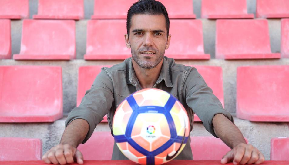 Iago Bouzón, al Nou Estadi, on espera que l'afició continuï sent imprescindible per ajudar al seu equip a assolir la permanència a la categoria de plata.