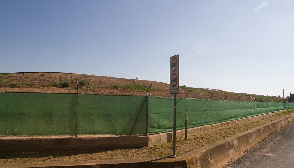 Una imatge de el dipòsit, que està ubicat a la zona de Mas Calbó.