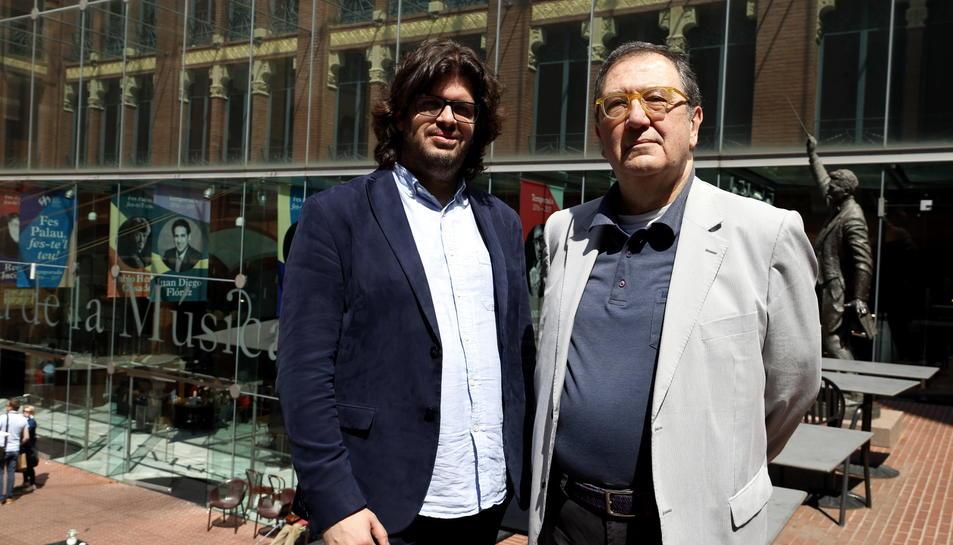 El director artístic de l'OCM, Tomàs Grau, i el nou director principal convidat de la formació, Salvador Mas, al mirador del Palau de la Música aquest dimarts 11 d'abril.