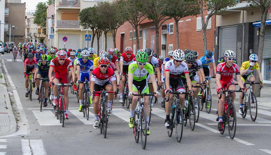 Imatge d'arxiu d'una edició anterior del trofeu de ciclisme de la Canonja.