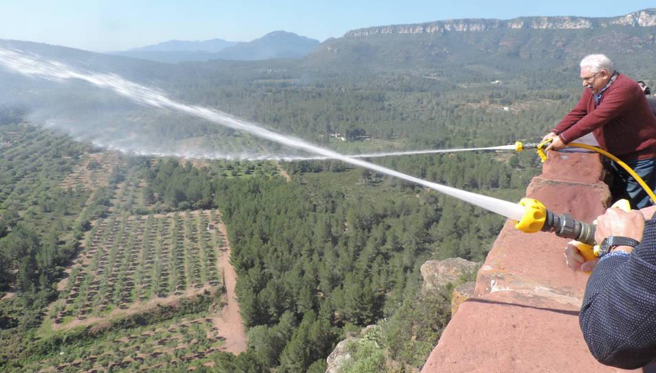 Aquest sistema permetrà impedir el desenvolupament de les flames en incendis iniciats a les rodalies de la muntanya.