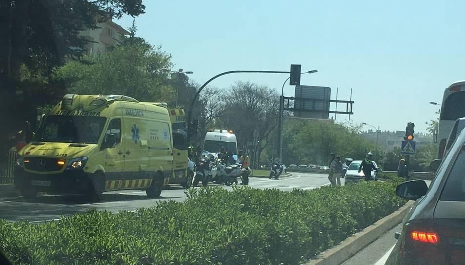 L'accident ha tingut lloc a l'avinguda Joan Fuster de Salou.