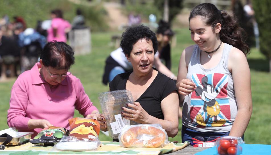El parc del Francolí de Tarragona és un dels indrets preferits pels tarragonins a l'hora d'anar a menjar la Mona.
