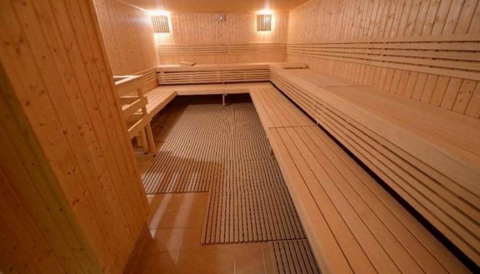 La mort de les dues dones es va produir després de passar 90 minuts a una sauna.