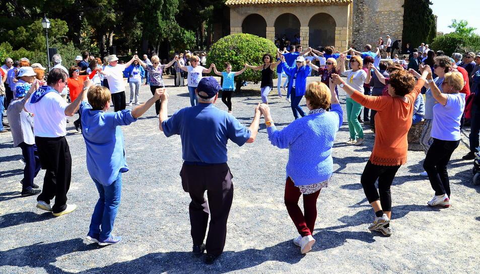L'Aplec de Sardanes de Roda de Berà ha arribat a la seva 28a edició.