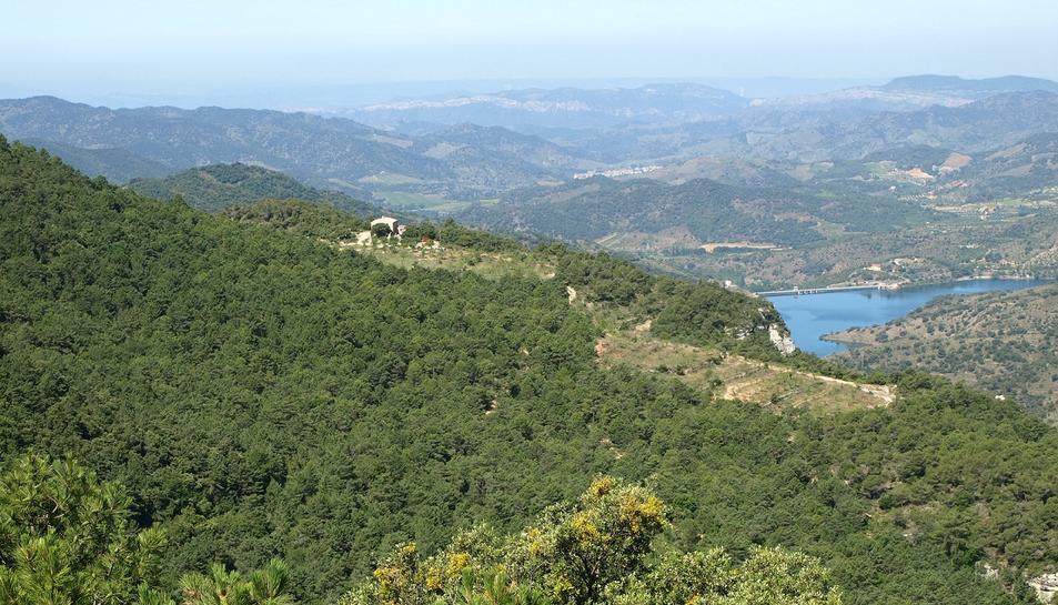 Una de les finques és la de Mas del Salin, a Cornudella de Montsant.
