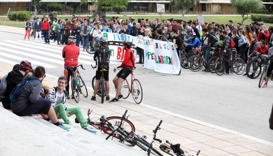 L'acte central de la protesta es va fer al Complex Educatiu, l'antiga Laboral.