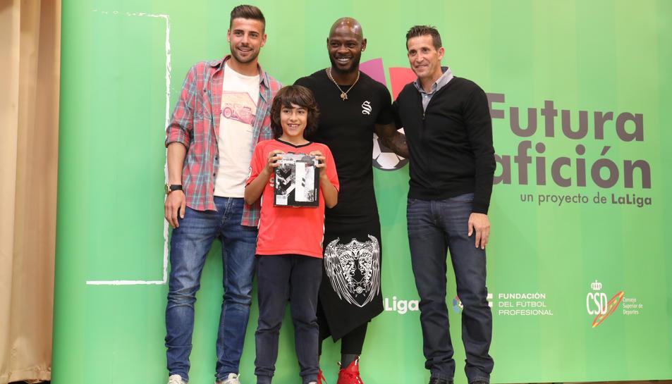 Més de 120 escolars del Sant Pau i futbolistes del Nàstic, a la quarta jornada Futura Afición.