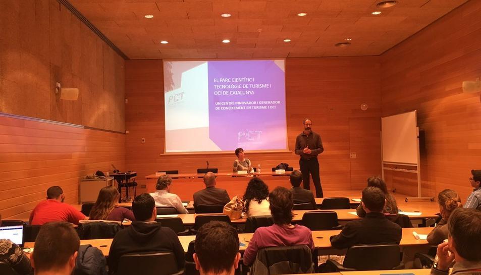 Imatge de la presentació del programa.