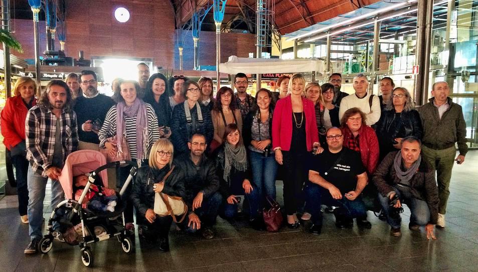 Fotografia de família de la trobada d'Instagramers al Mercat d'aquest divendres.