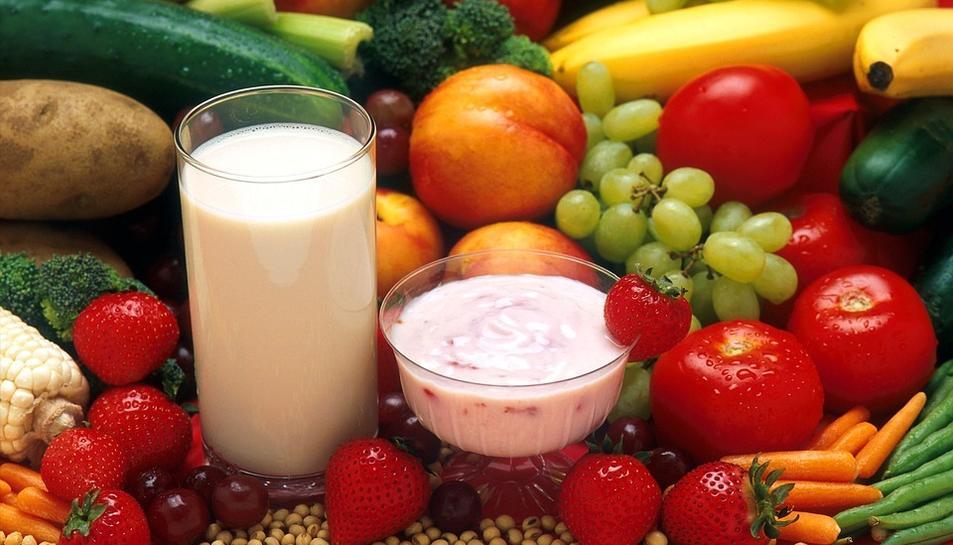 Durant la dieta els participants estaran amb seguiment nutricional i d'estil de vida, i s'hauran de realitzar anàlisis sanguinis.