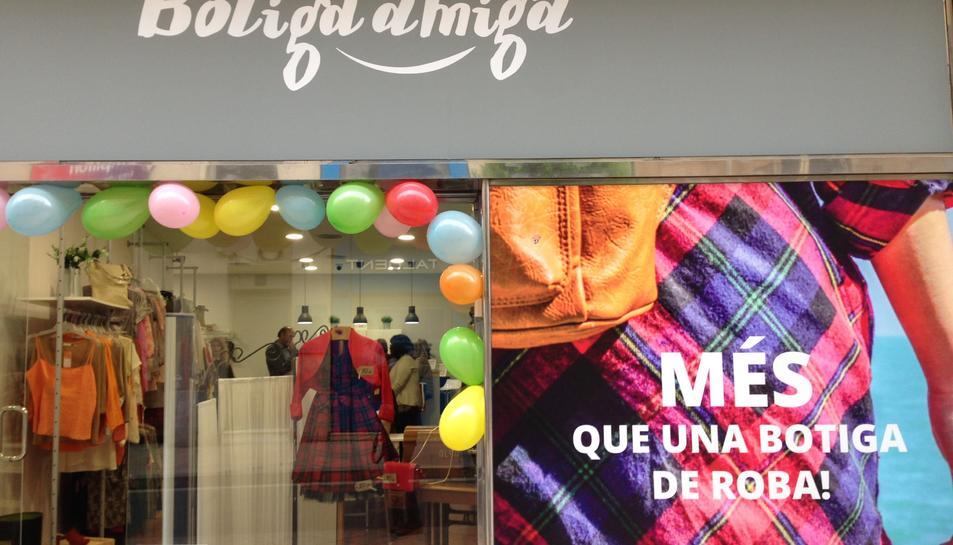 El nou establiment Botiga Amiga situat a Reus.