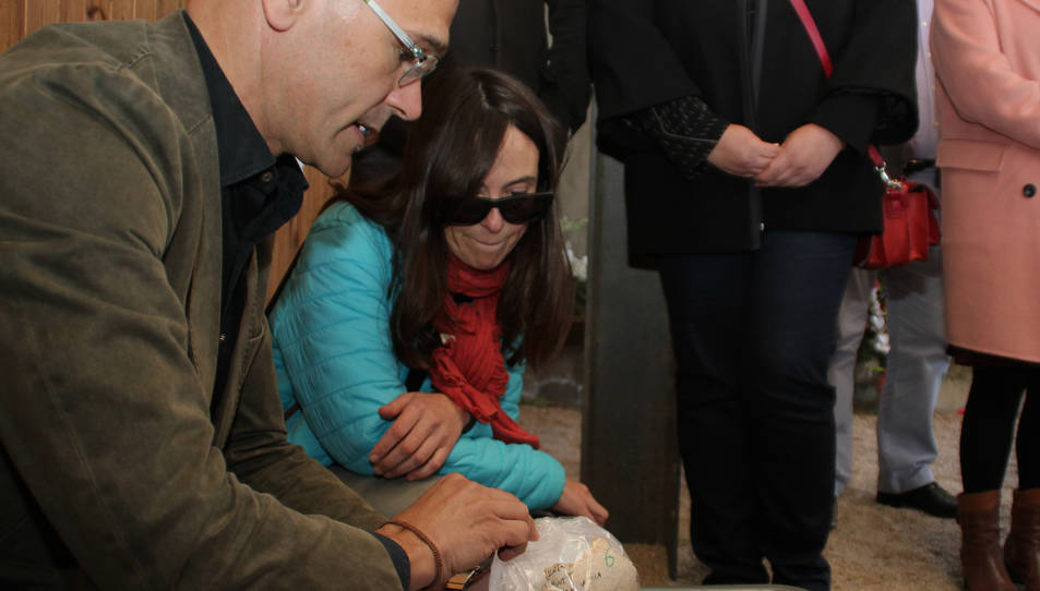 El conseller Romeva ha visitat el Memorial de les Camposines, on s'hi han dipositat les restes òssies trobades.