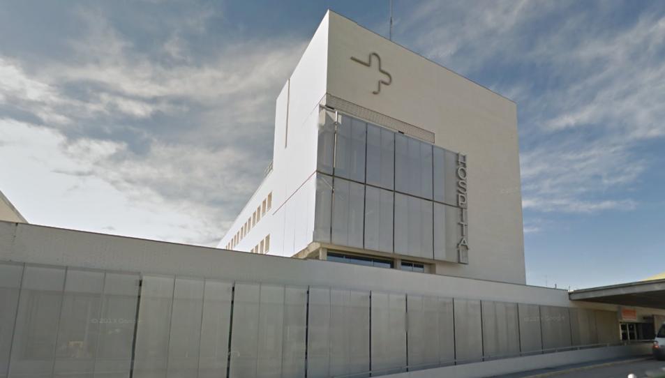 L'home va haver de ser intervingut a l'Hospital Virgen del Castillo de Yecla.