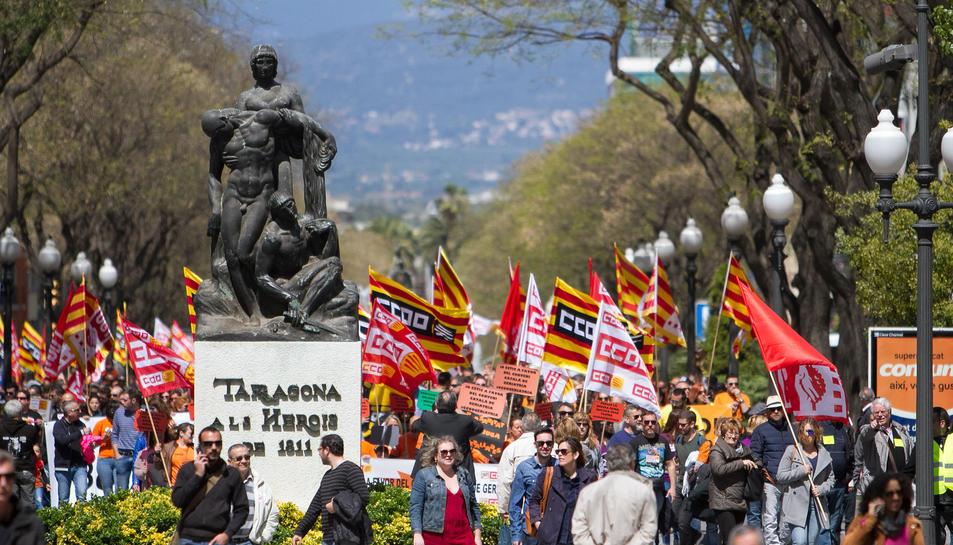 Els tarragonins han sortit al carrer per reivindicar els seus drets laborals.