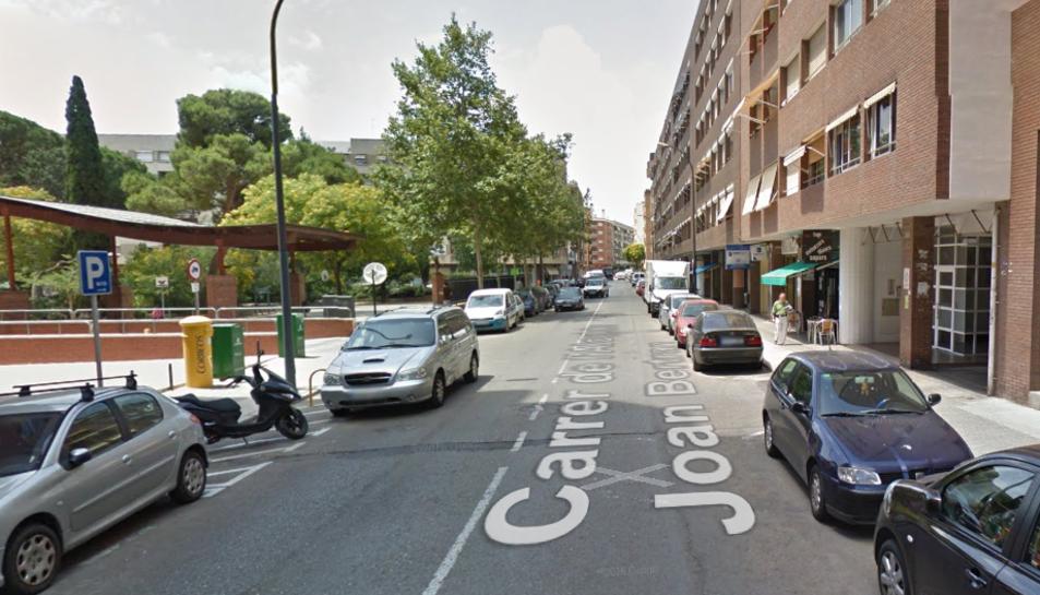 L'incendi s'ha porduït al carrer de l'Alcalde Joan Bertran.