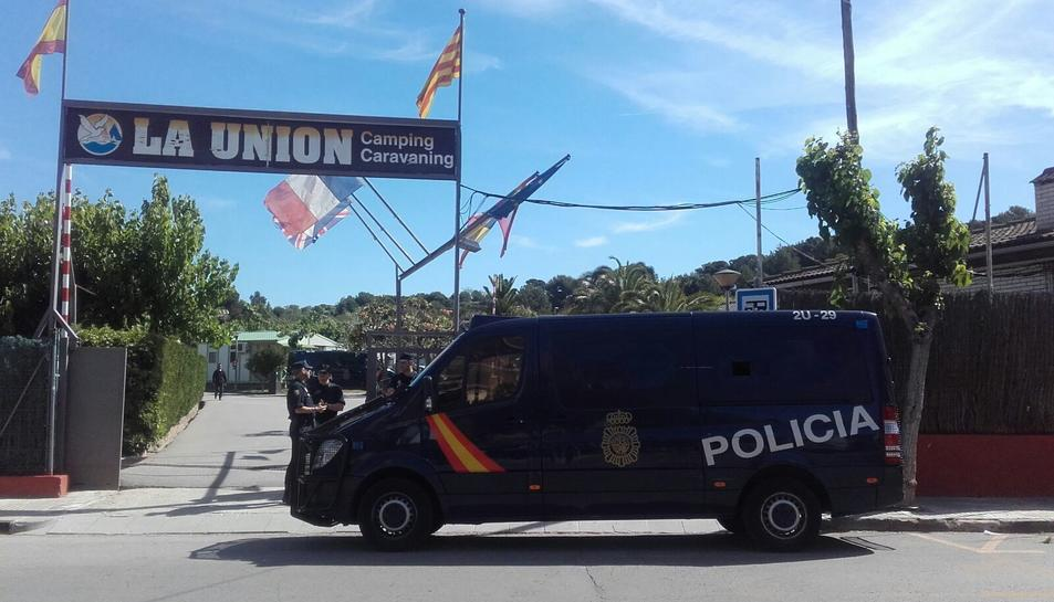 Els registres s'han produït al Camping la Unión de Salou, on estava allotjat el presumpte jihadista.