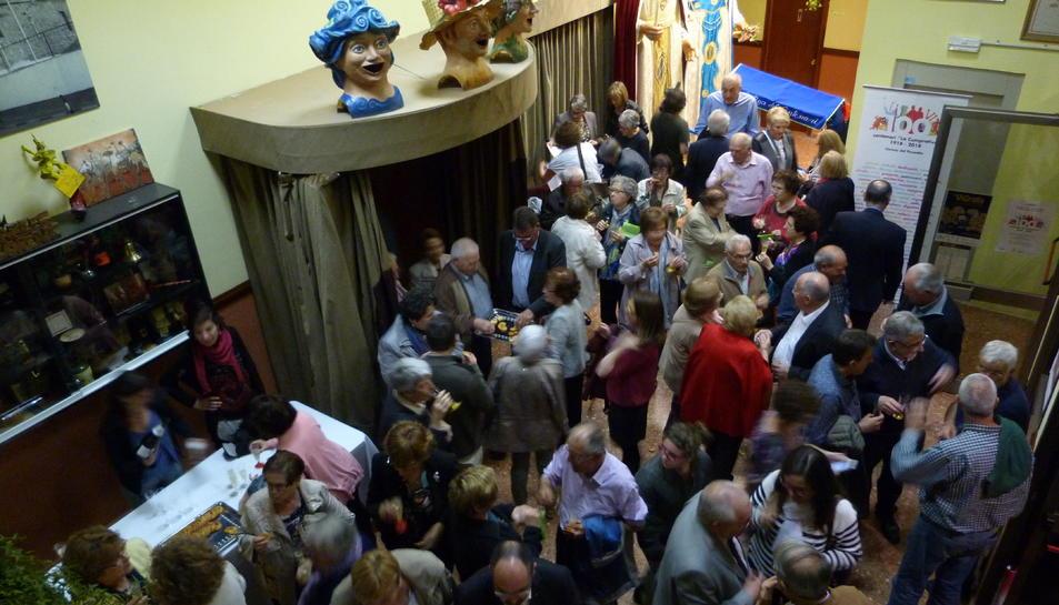 L'acte va comptar amb un gran nombre d'assistents.