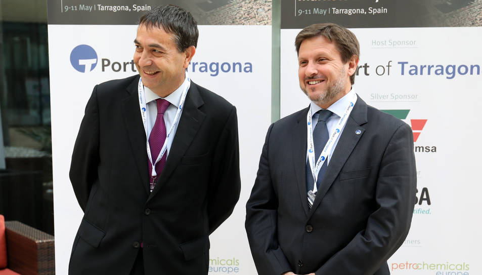 El president del clúster ChemMed i de l'AEQT, Josep Francesc Font, i del president del Port de Tarragona, Josep Andreu.