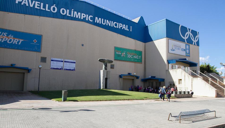 Façana exterior del Pavelló Olímpic Municipal.