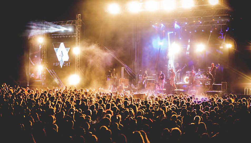 Imatge d'un concert d'Aspencat.