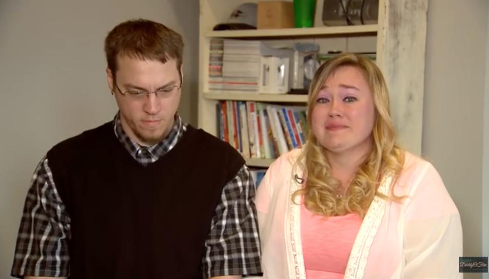 La parella enregistraba bromes pesades que feien als seus fills i lespenjavena través del canal 'DaddyOFive'.