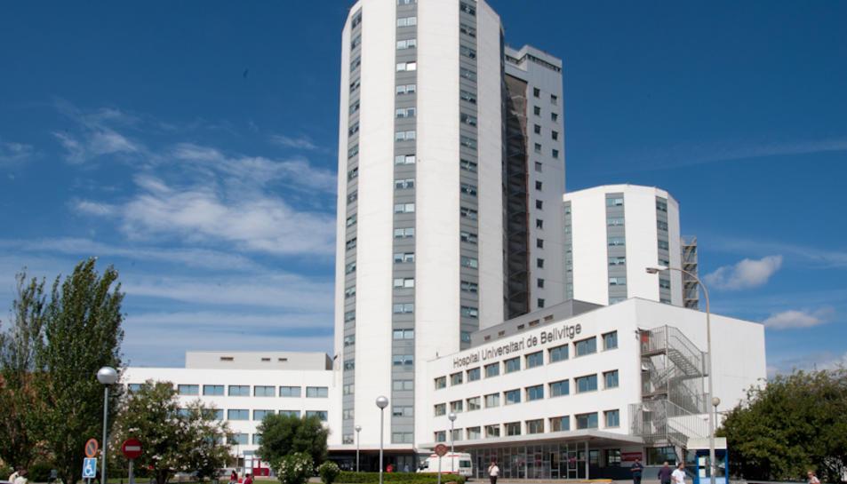 Els professionals afectats treballen tots a l'hospital de Bellvitge.