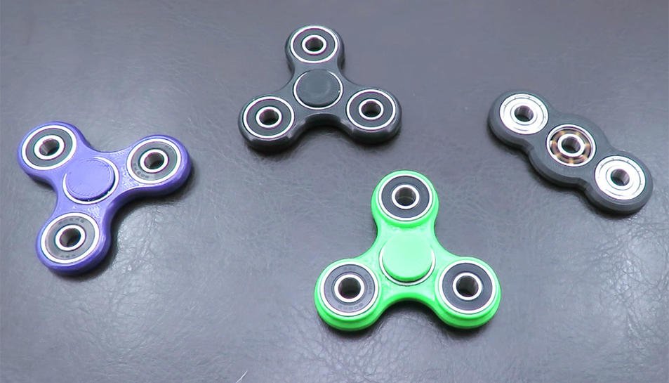 Els spinner són la nova joguina de moda entre els escolars.