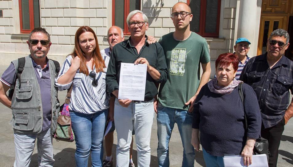 El col·lectiu ha convocat els mitjans a la plaça Mercadal aquest matí per explicar els fets.