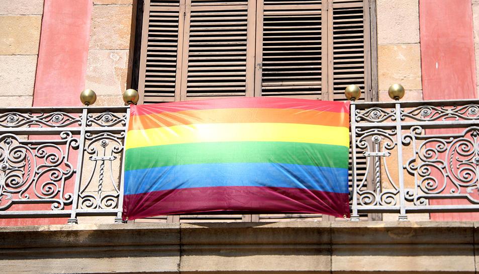 Imatge d'arxiu d'una bandera que reivindica el col·lectiu LGTBI.