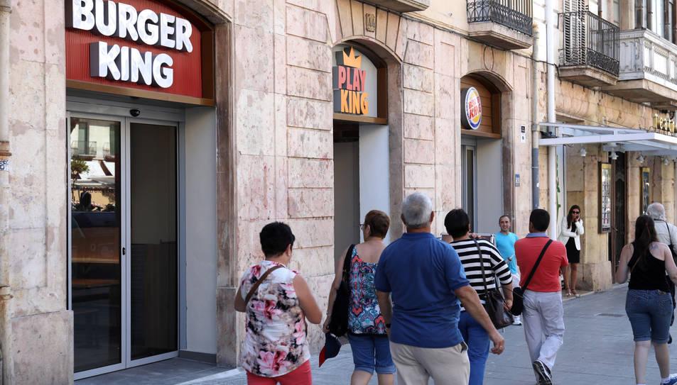 Imatge del nou establiment de Burger King a la rambla Nova de Tarragona.