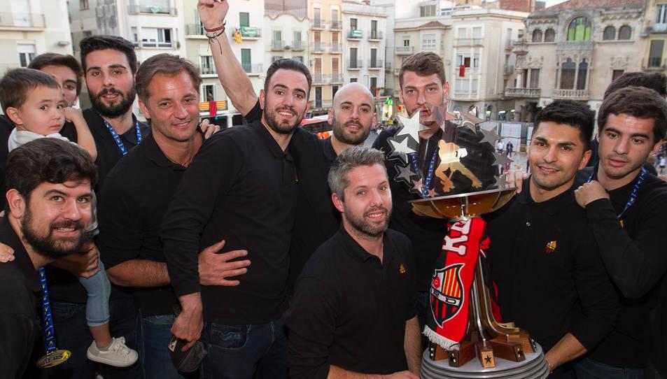 El Reus Deportiu brinda la Copa d'Europa a l'afició
