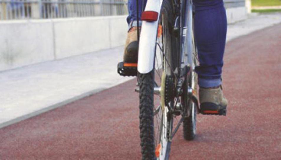 Els reusencs disposen d'informació sobre els carrils bici i els aparcaments habilitats.