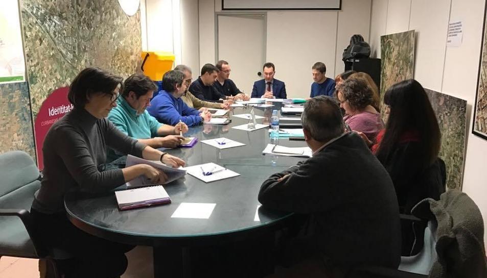 Reunió constitutiva de la comissió de l'Ordenança al febrer.