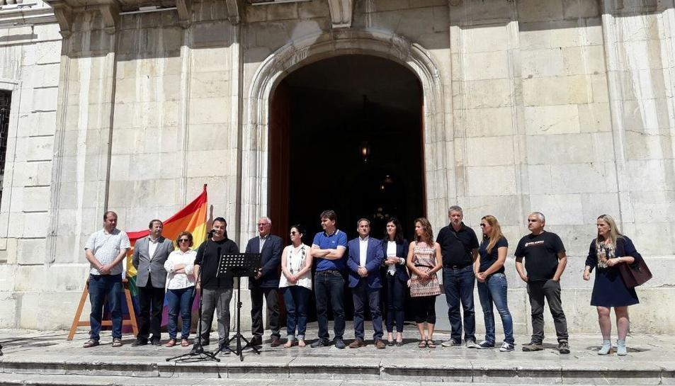 Imatge de la lectura del Manifest a Tarragona.