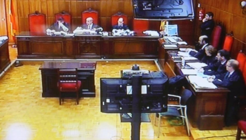 Vista dels recursos d'apel·lació contra la interlocutòria del cas de l'incendi d'Horta de Sant Joan dels Jutjat de Gandesa.