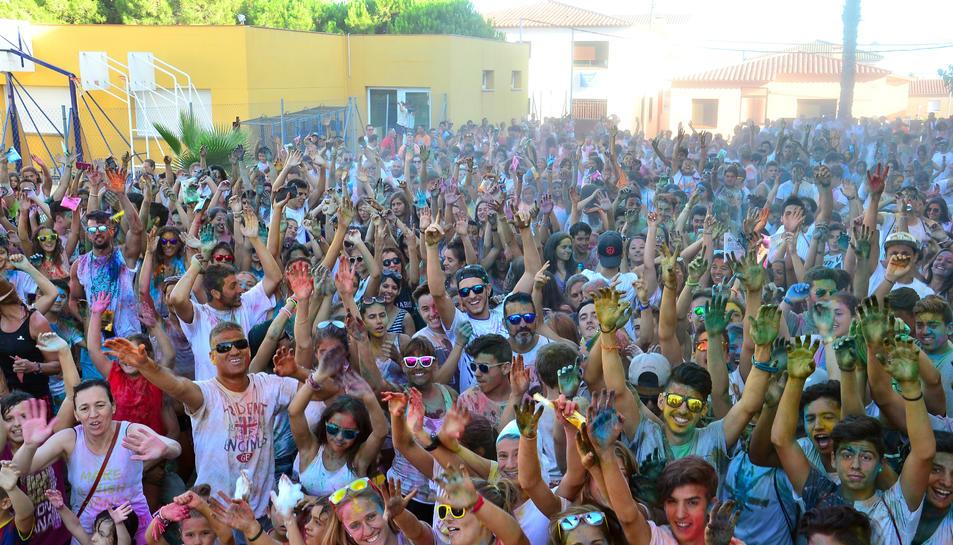 Imatge de la Festa Holi que es va fer per la festa major de