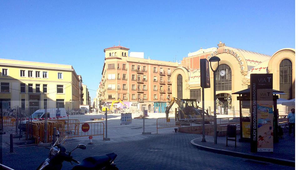 L'estat actual de la plaça Corsini.