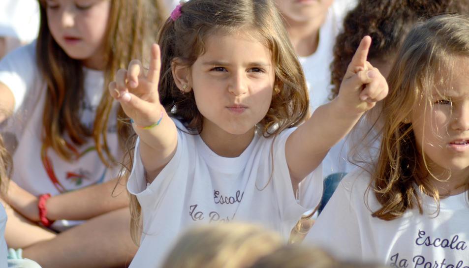 Alumnes, exalumnes i pares s'han reunit quest divendres per celebrar l'aniversari de La Portalada.