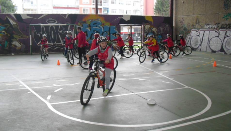 Escolars d'un centre gallec durant la passada edició de l'activitat, que té lloc arreu de l'Estat.
