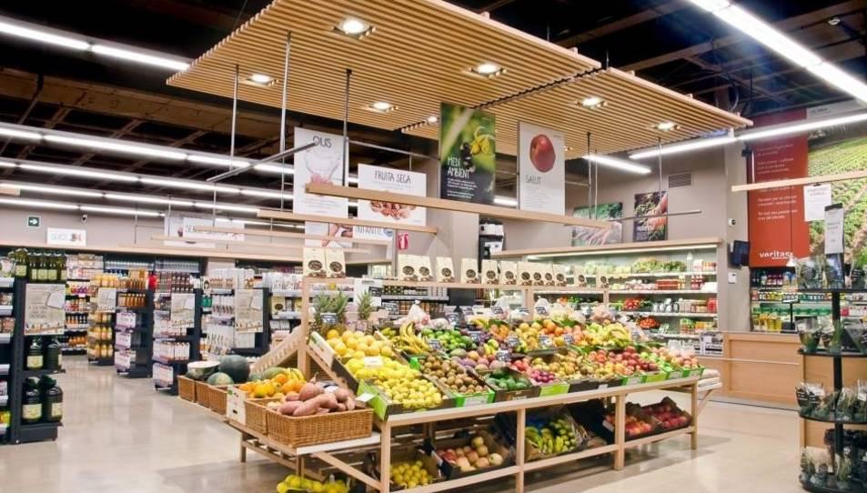 Imatge d'arxiu de l'interior d'un supermercat Veritas.