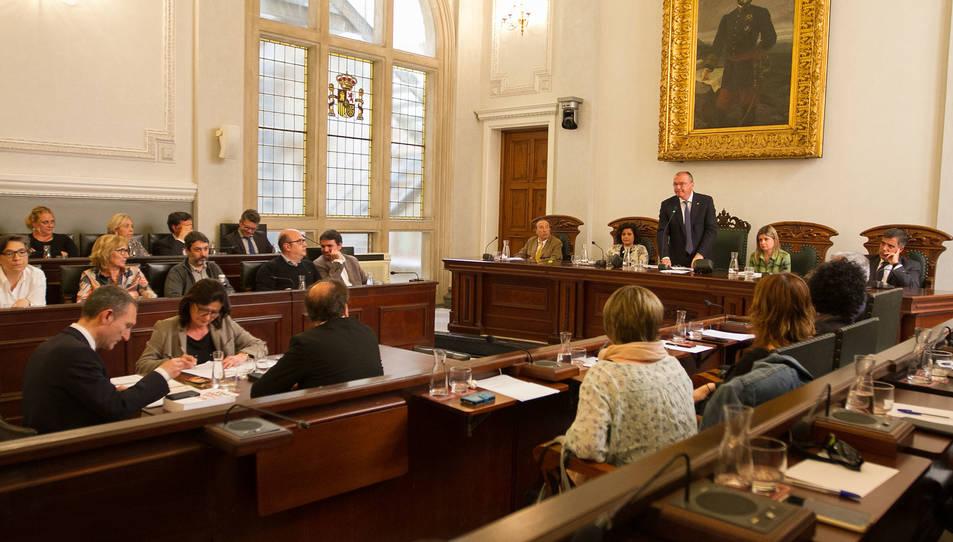 El ple on es va votar la moció de confiança.