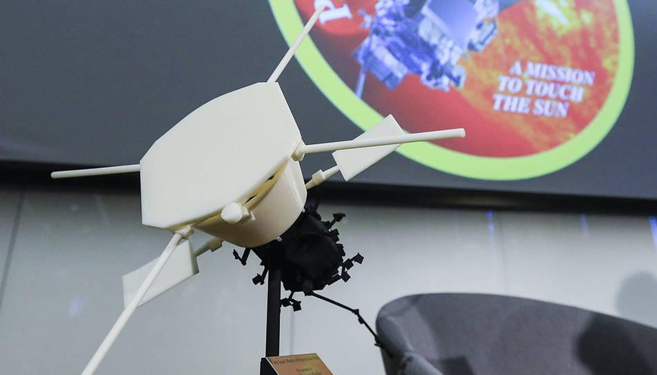 Detall d'una maqueta de la sonda al centre d'investigació William Eckhardt de la Universitat de Chicago.