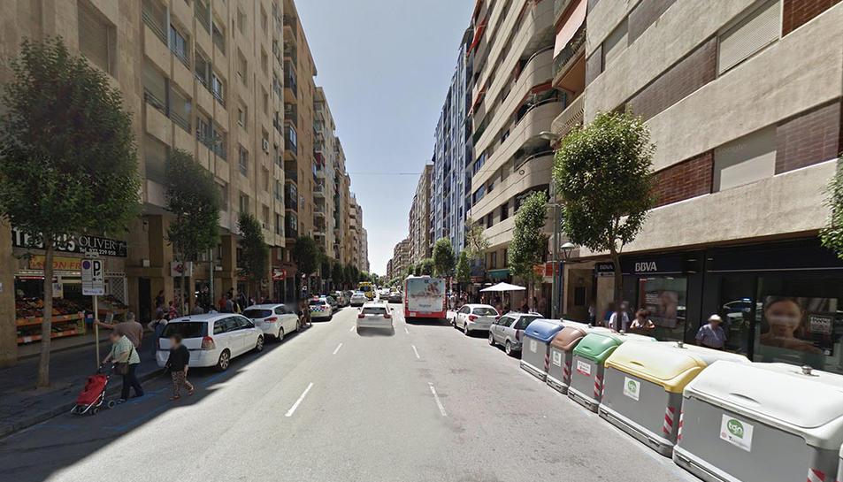 El vehícle circulava sense llums a la zona de Pere Martell.