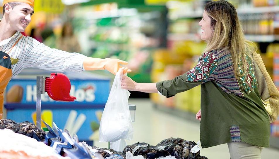 Els llocs de treball que s'han de cubrir a l'estiu corresponen a tots els establiments de la cadena.