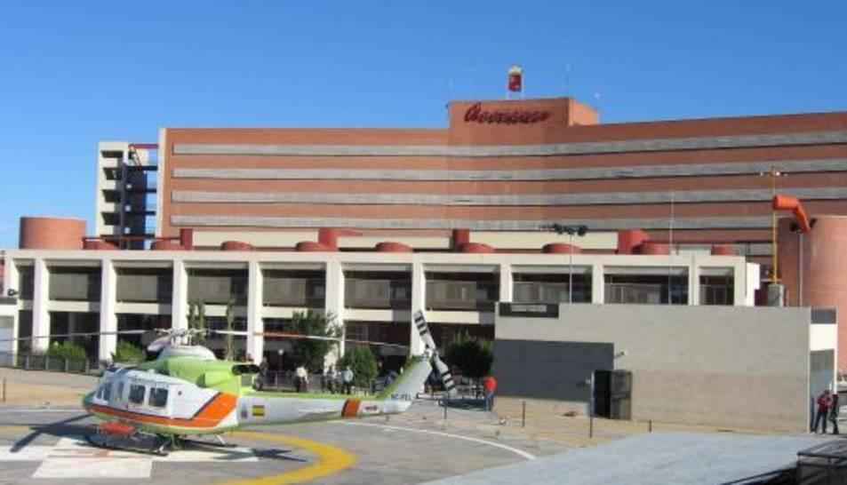 La dona està ingressada a l'Hospital Virgen de la Arrixaca de Murcia.
